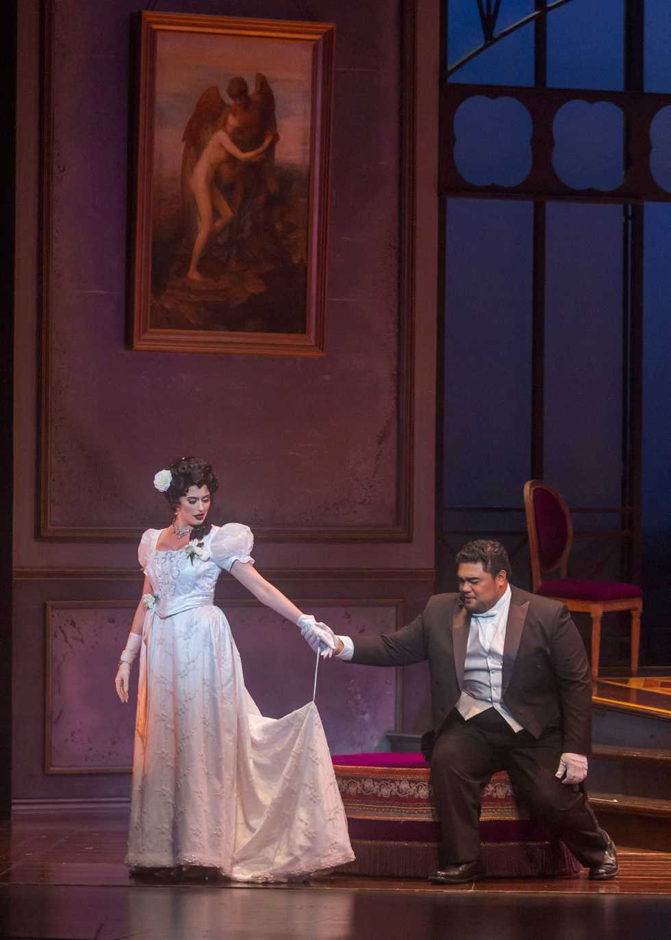 A scene from the Opera San José production of La Traviata.